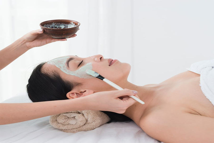 85-minute Specialized Collagen Infusion AMS Facial with full shoulder, neck & scalp massage (1 session Trial - New customer only) by Astalift on Daily Vanity Salon Finder