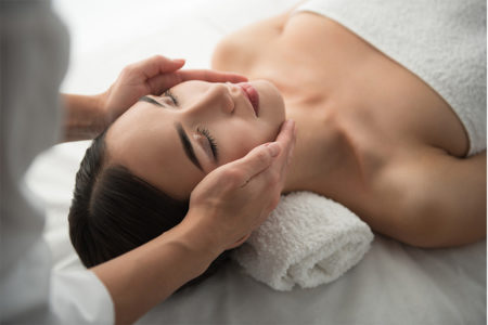 Cryo-Diamond Facial (45-min) & Unlimited Access to Spa Facilities and Refreshments