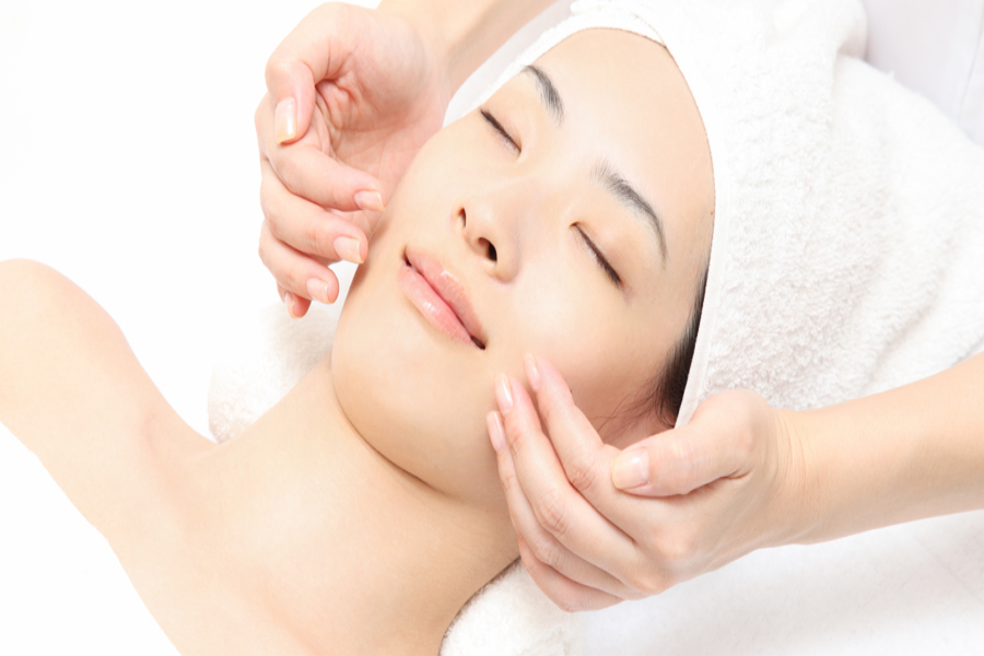 Detox Facial- Acne/Purifying, Organic by Bud Cosmetics on Daily Vanity Salon Finder