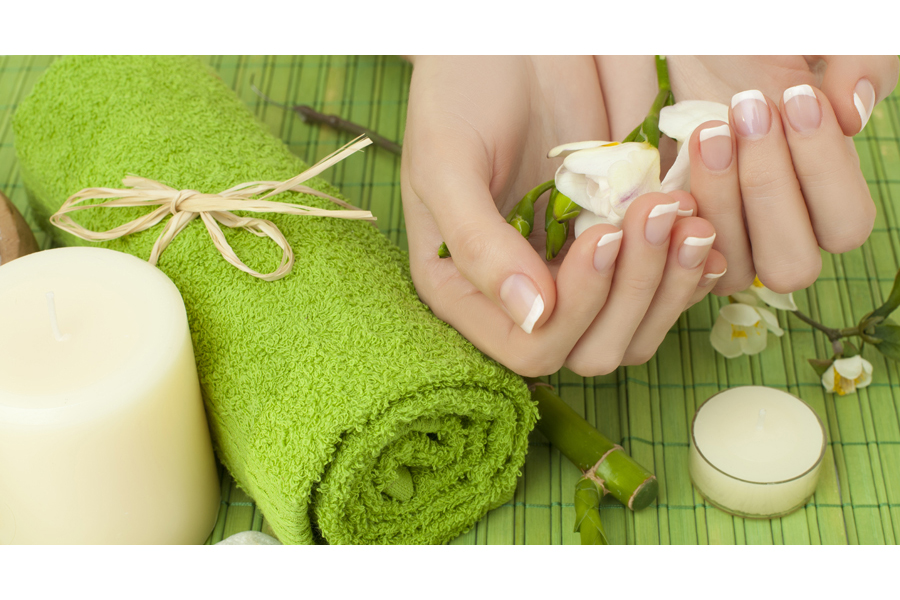 Exfoliating Manicure by Dollhouse on Daily Vanity Salon Finder
