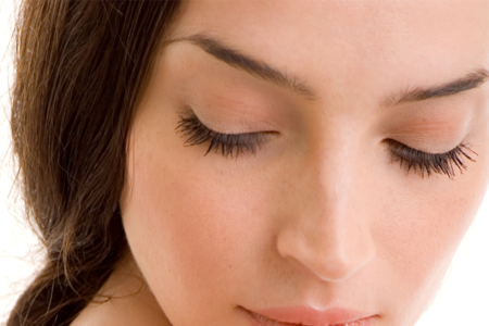 Single strand eyelash extension