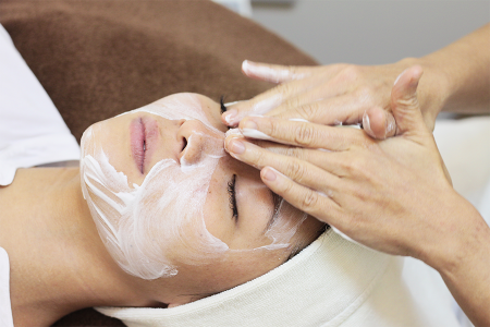 Facial Massage Therapy