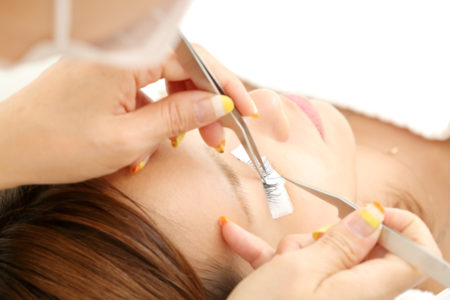 Single Lash-by-Lash Eyelash Extensions + FOC 20mins Ovarian Care Therapy