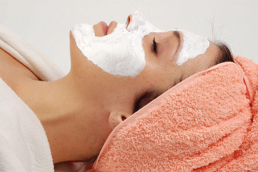 Diamond Peeling Facial by Starry Beaute on Daily Vanity Salon Finder