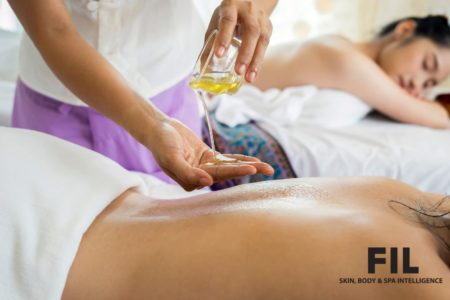 Aromatic Jamu Body Massage - Improves Blood Circulation