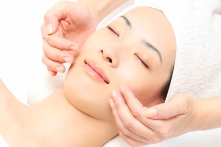 Korean Hottest BB Glow Brighten Facial