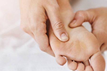 60-Min Rejuvenating Foot Reflexology + Dead Sea Salt Foot Bath
