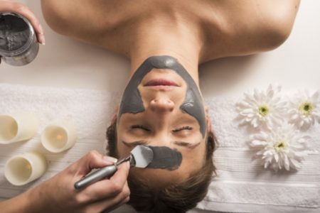 Unclog Pores with Clarifying Dead Sea Mud Facial