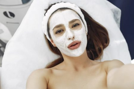 Refreshing and relaxing facial