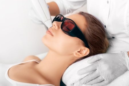 Broad Spectrum Light Therapy Facial Treatment