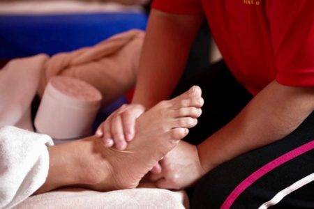 Full Body Tuina Massage (20 mins) + Foot Reflexology (50 mins)